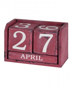 wooden-perpetual-calendar-red