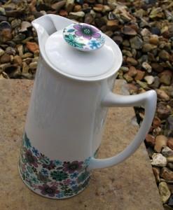 elizabethan-carnaby-coffee-pot-1